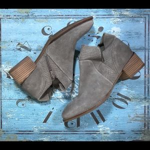 Seychelle Army Green Ankle Bootie Boots